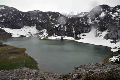 Lago del Bricial en invierno
